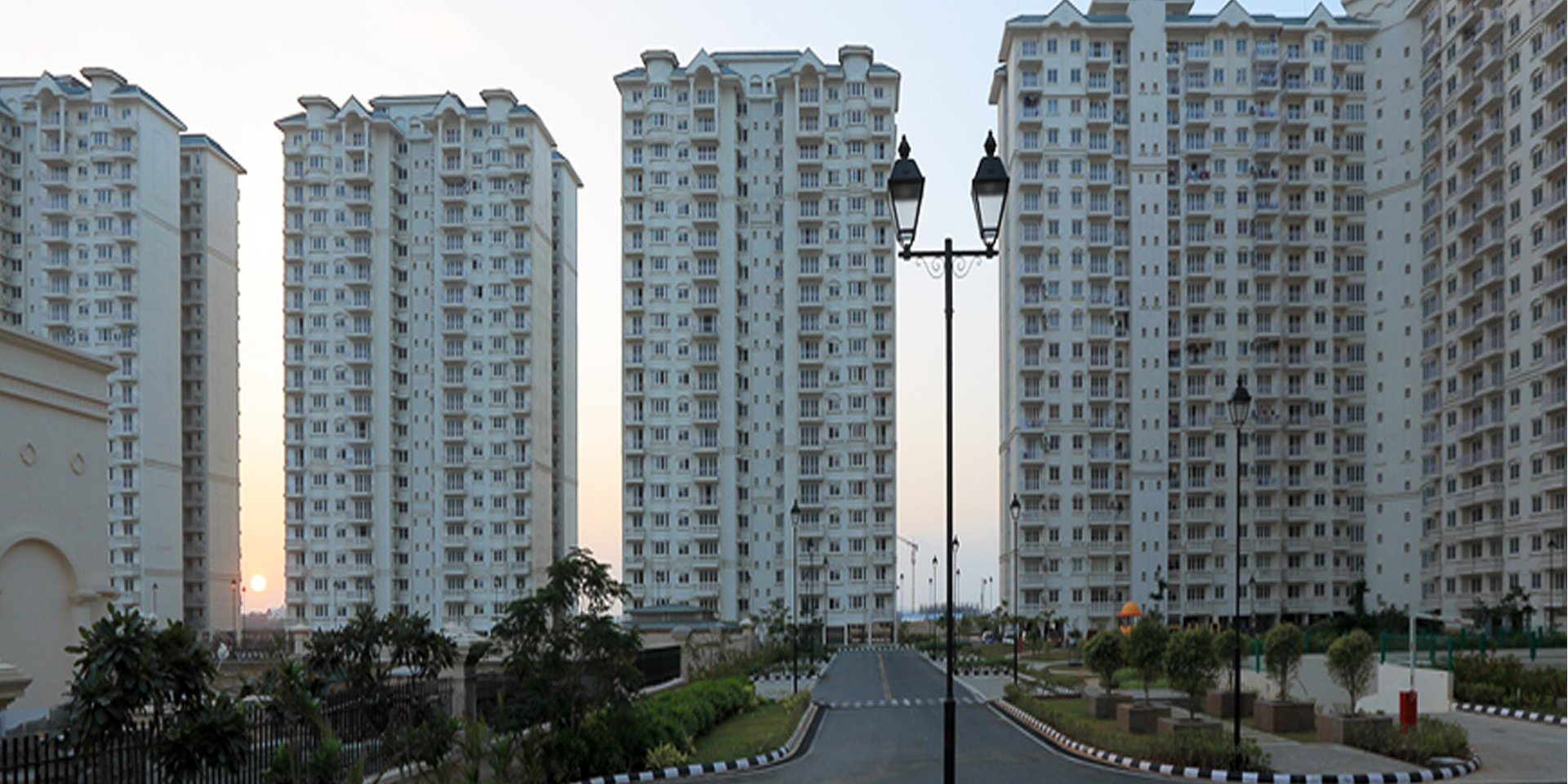2 , 3  BHK Flats for sale in Semmencherry
